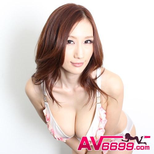 Julia AV女優 截圖5