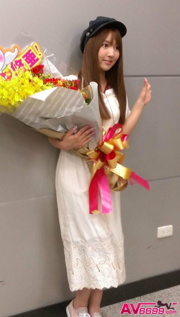 AV女優-三上悠亞-鬼頭桃菜-女優照片6